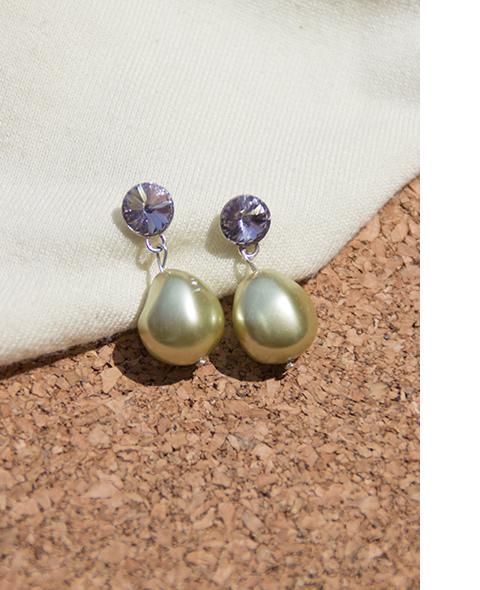 paloma-earrings-green2